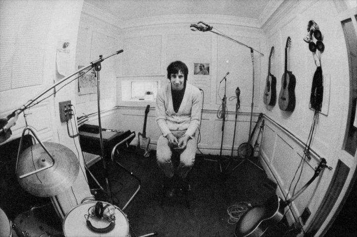 pete townshend in studio