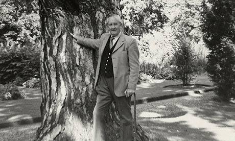 JRR-Tolkien-in-1973